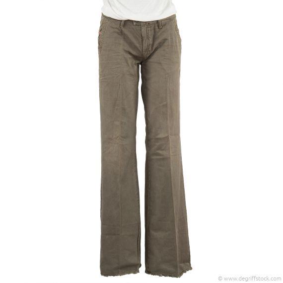 pantalon kaki femme diesel flairlegg 0810w d griff 39 stock. Black Bedroom Furniture Sets. Home Design Ideas